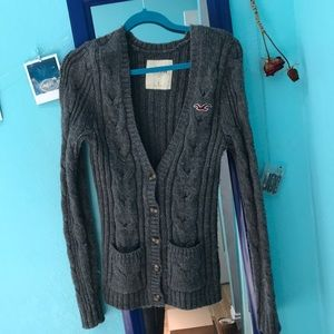 grey hollister cardigan